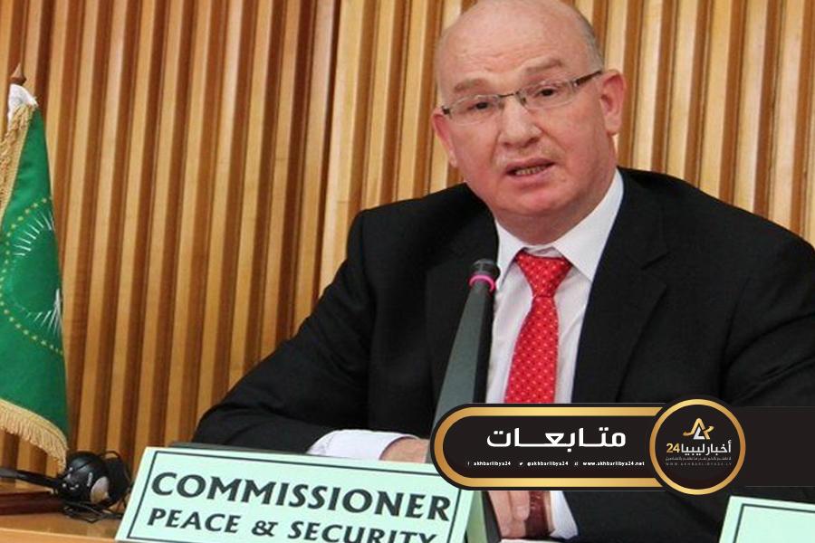 صورة منها فرض عقوبات على منتهكي حظر التسليح .. مفوض الاتحاد الأفريقي يدعو إلى نشر قوات عسكرية في ليبيا
