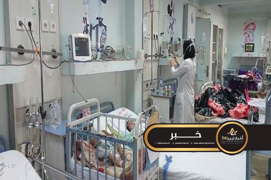 صورة بسبب أمراض الشتاء .. مستشفى أطفال بنغازي يعاني من ازدحام شديد