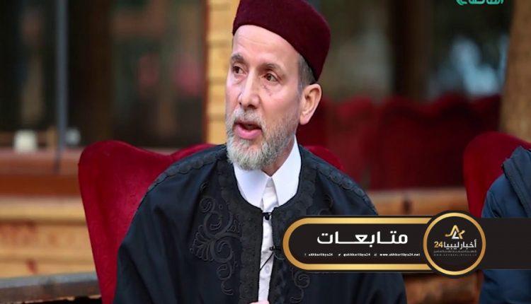 صورة حفتر يقاتل للوصول للسلطة .. الساعدي: لا يوجد بطرابلس من يقاتل من أجل السراج