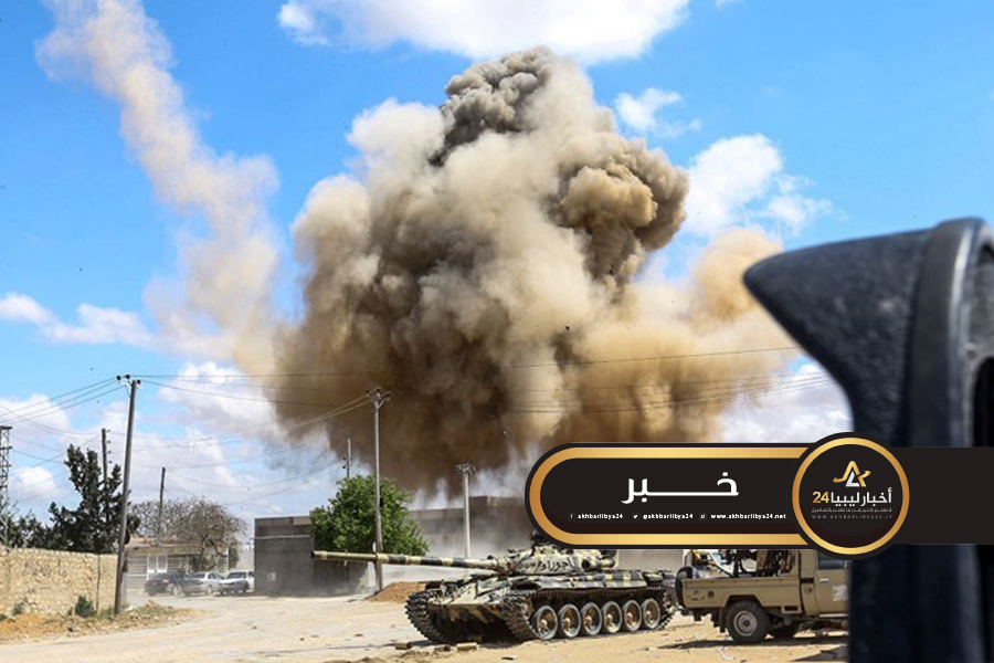 صورة قوات الجيش تدمر مدرعتين تركيتين تابعتين للوفاق بالقرب من أبوغيلان
