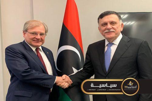 صورة أمريكا تؤكد استمرارها في دعم حل سياسي يسمح لليبيين بتحقيق رغبتهم في حكم ديمقراطي