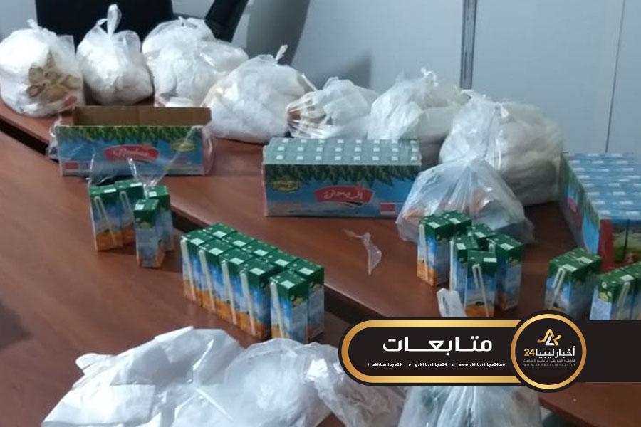 صورة في ظل أزمة كورونا.. فريق صحيفة فسانيا يطلقون حملة إفطار للمهاجرين بسبها