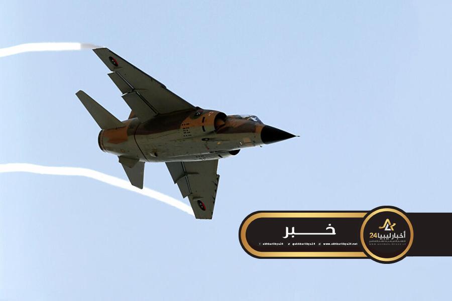 """صورة تجربة 4 طائرات حربية بعد توقفها لسنوات..المسماري """"انتظرو نتائج باهرة"""""""