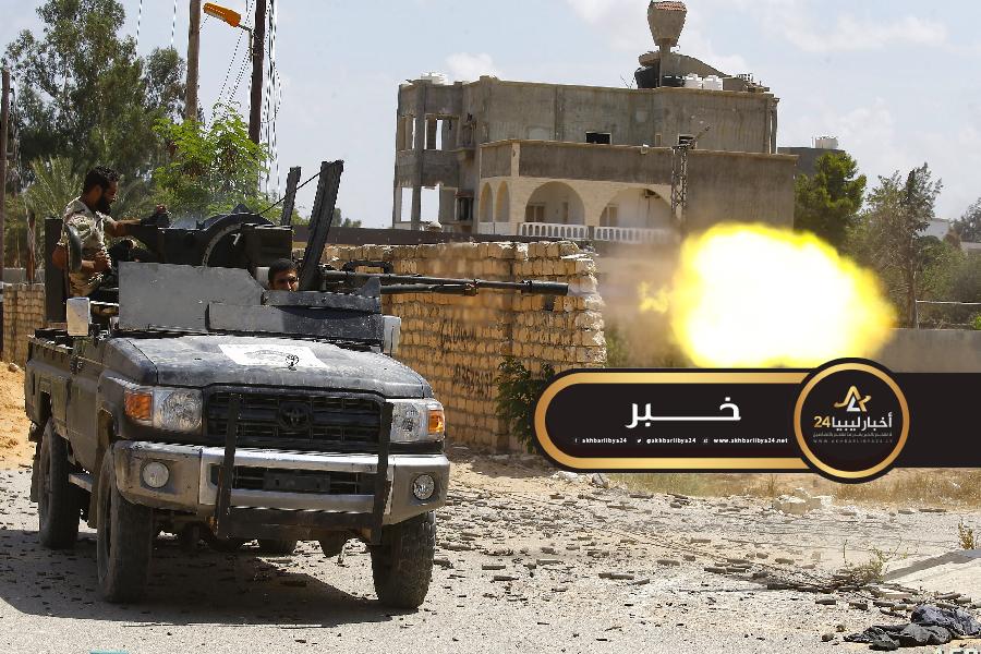 صورة الخرطوش: الوحدات العسكرية تبسط السيطرة على محوري كازيرما وكوبري المطار