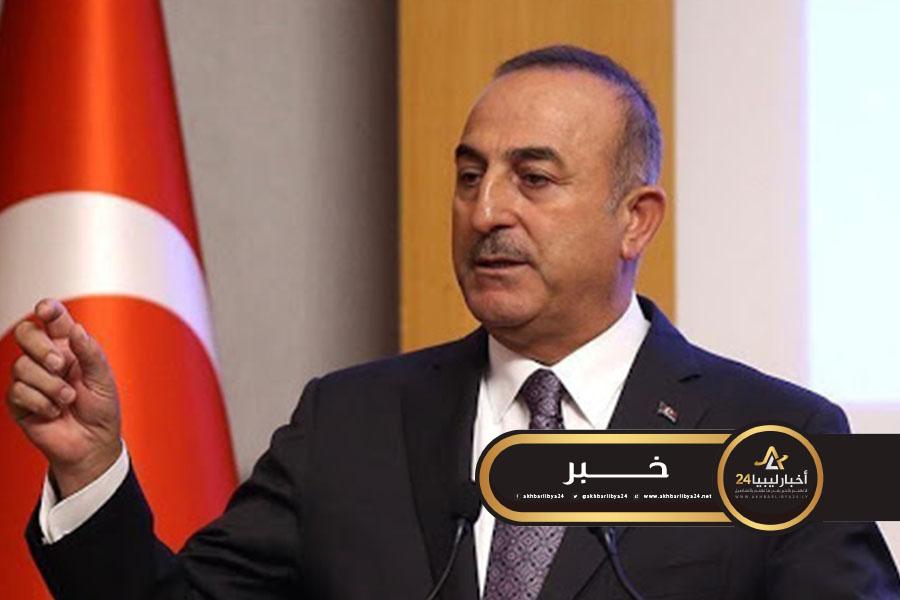 صورة وزير الخارجية التركي: ماكرون يقف في الجانب الخطأ في ليبيا