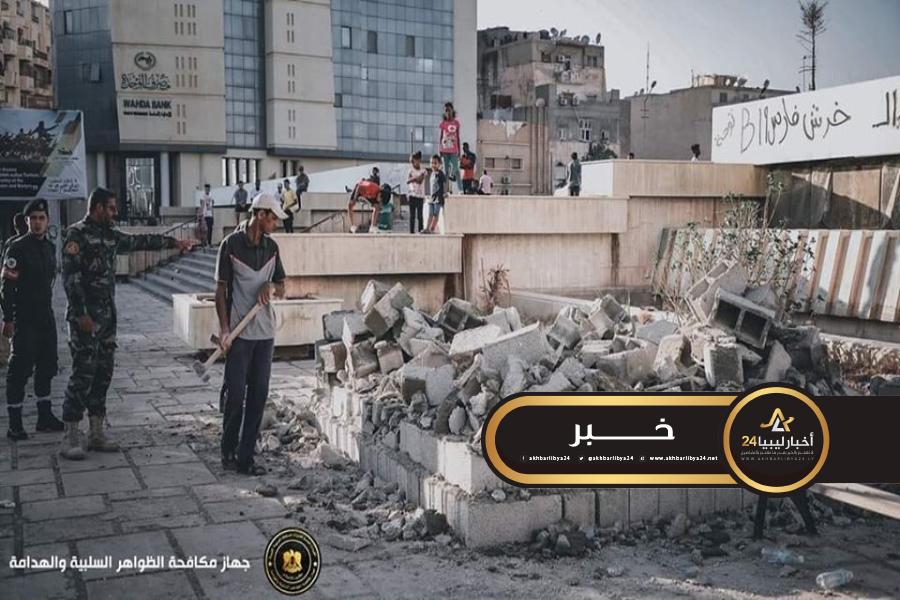 """صورة لعدم تطابق الموقع..الظواهر السلبية تهدم """"كشك"""" في بنغازي"""