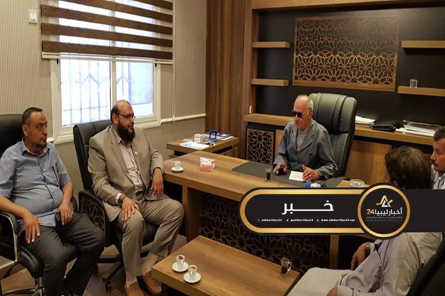 صورة تسييري طبرق يبحث المشاكل التي تعترض عدد من المساجد