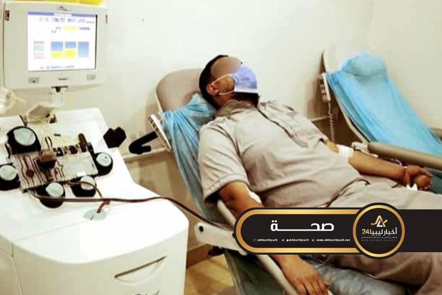صورة البدء في العلاج ببلازما الدم لمصابي كورونا في إجدابيا