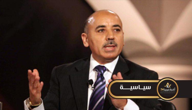 صورة القماطي: الشعب يريد دستور وانتخابات ولا مراحل انتقالية جديدة