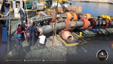 صورة الانتهاء من صيانة بميناء الزاوية النفطي