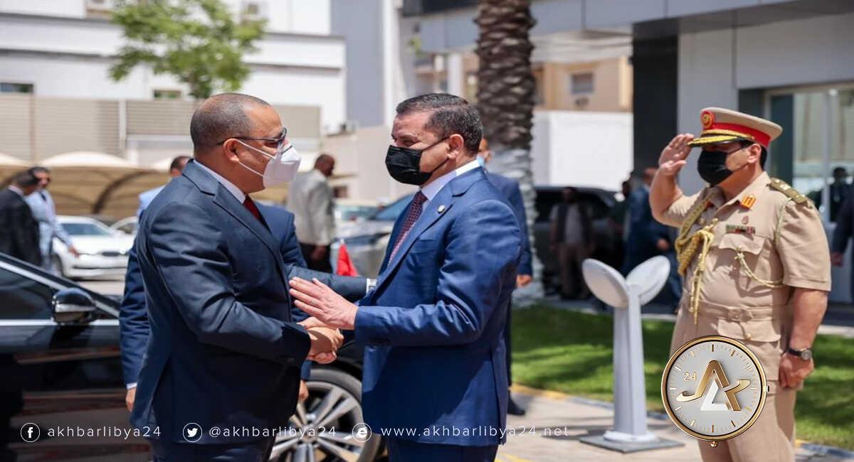 رئيس الحكومة الليبية ونظيره التونسي