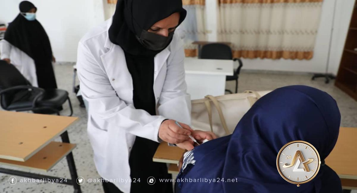 طرابلس- تطعيم نزيلات سجن الجديدة بلقاح كورونا