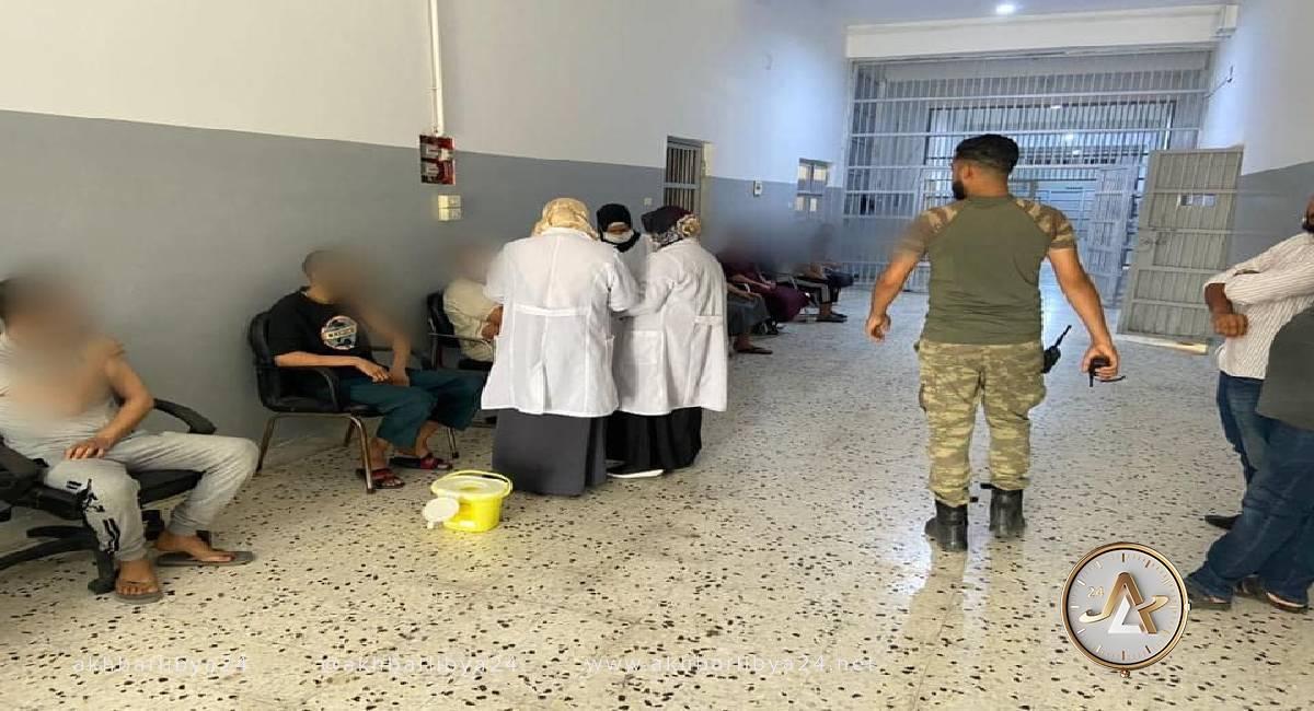 تطعيم السجناء_عين زارة